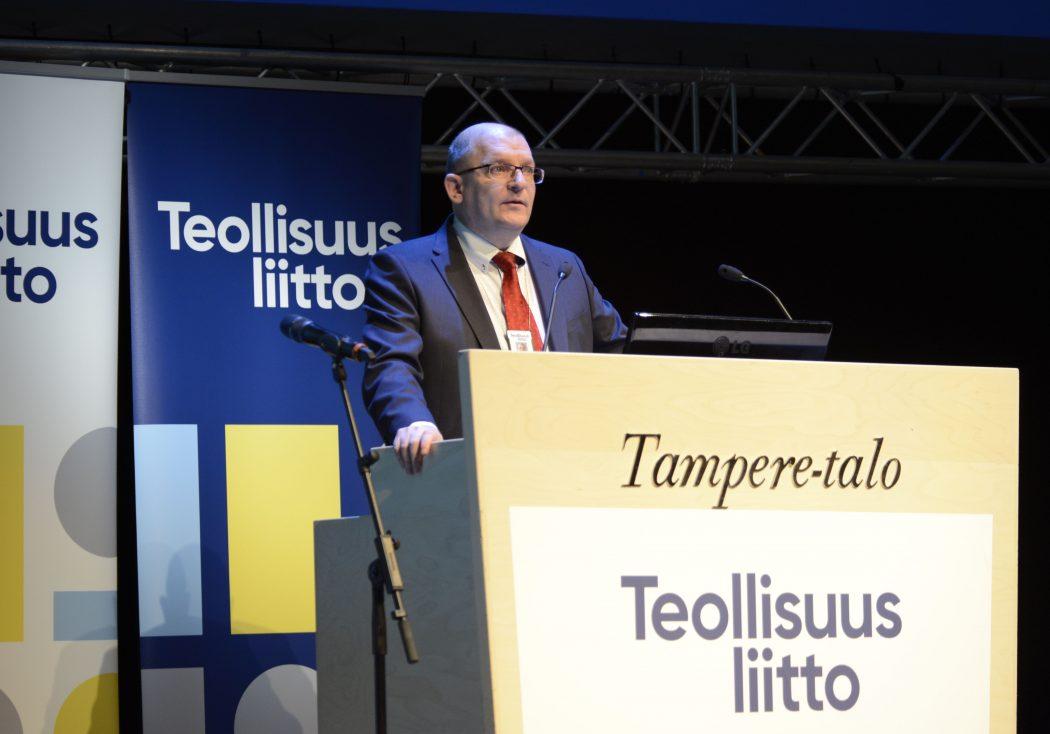 Aalto: Sata vuotta meni perustaa Teollisuusliitto, nyt katseet tulevaisuuteen!