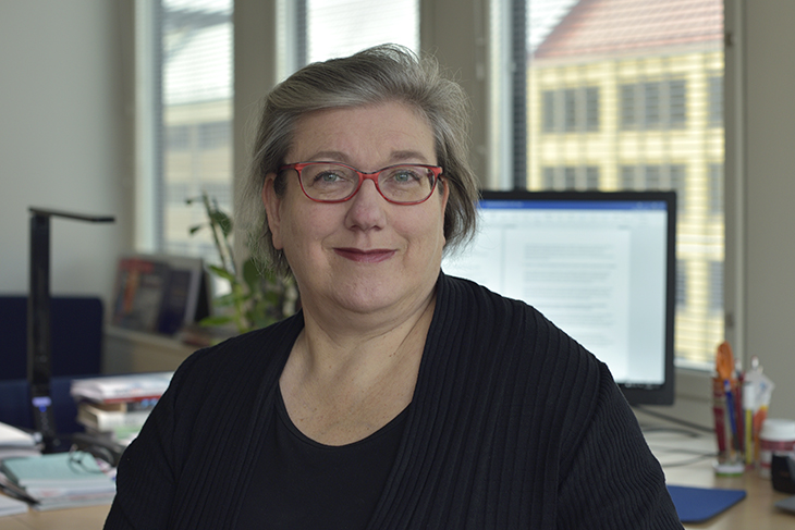 Anu-Hanna Anttila: Teollisuusliitto terävöittää palkkatilastointia