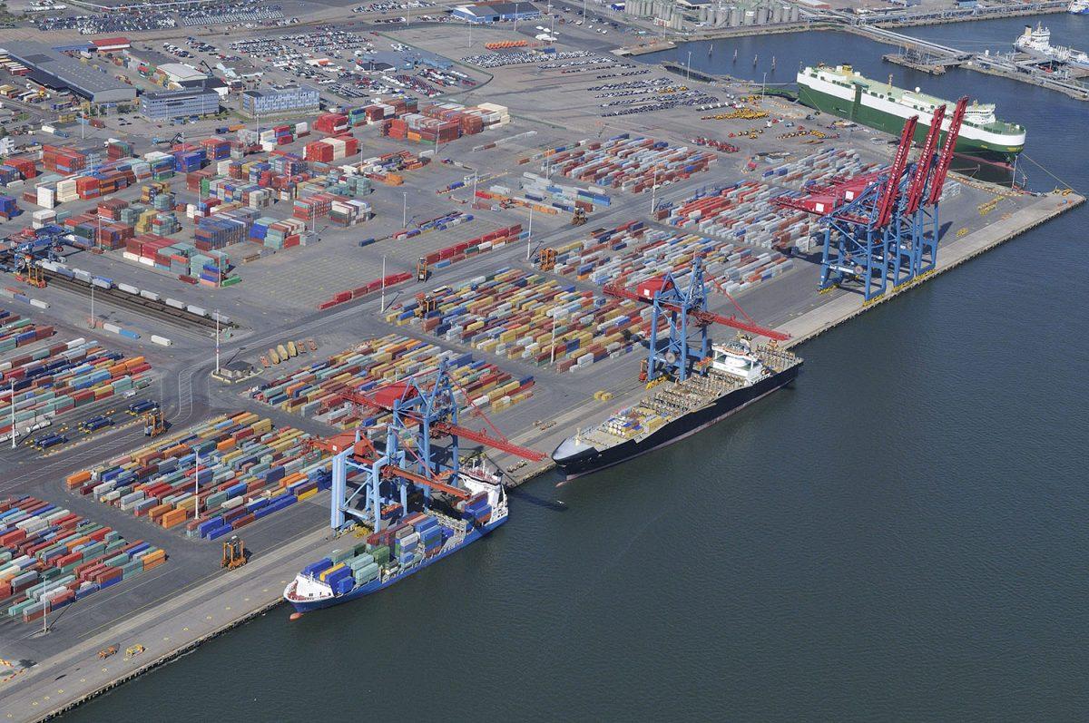 MAAILMA: Göteborgin satamassa lakko-oikeus pohdinnassa