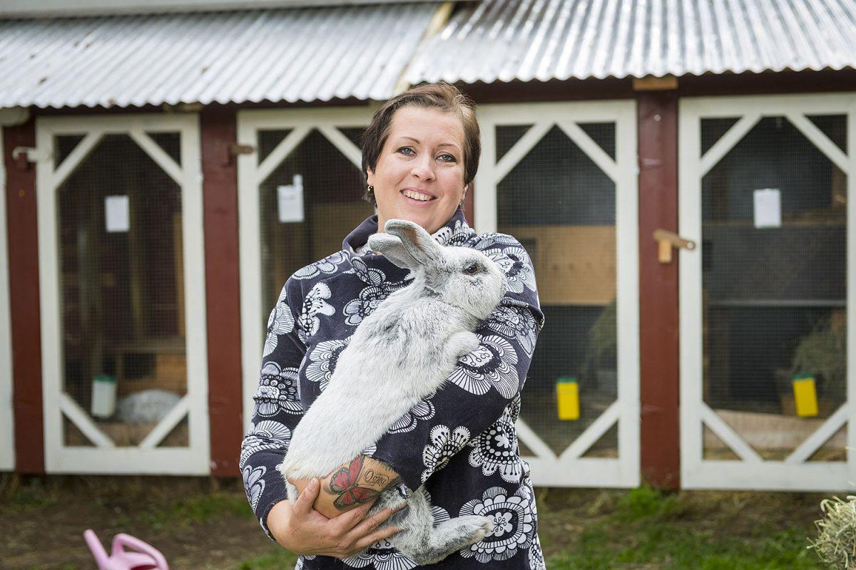 HARRASTAJA: Kaninkasvattaja Terhi Järvinen: Eettistä lihantuotantoa ja puputerapiaa