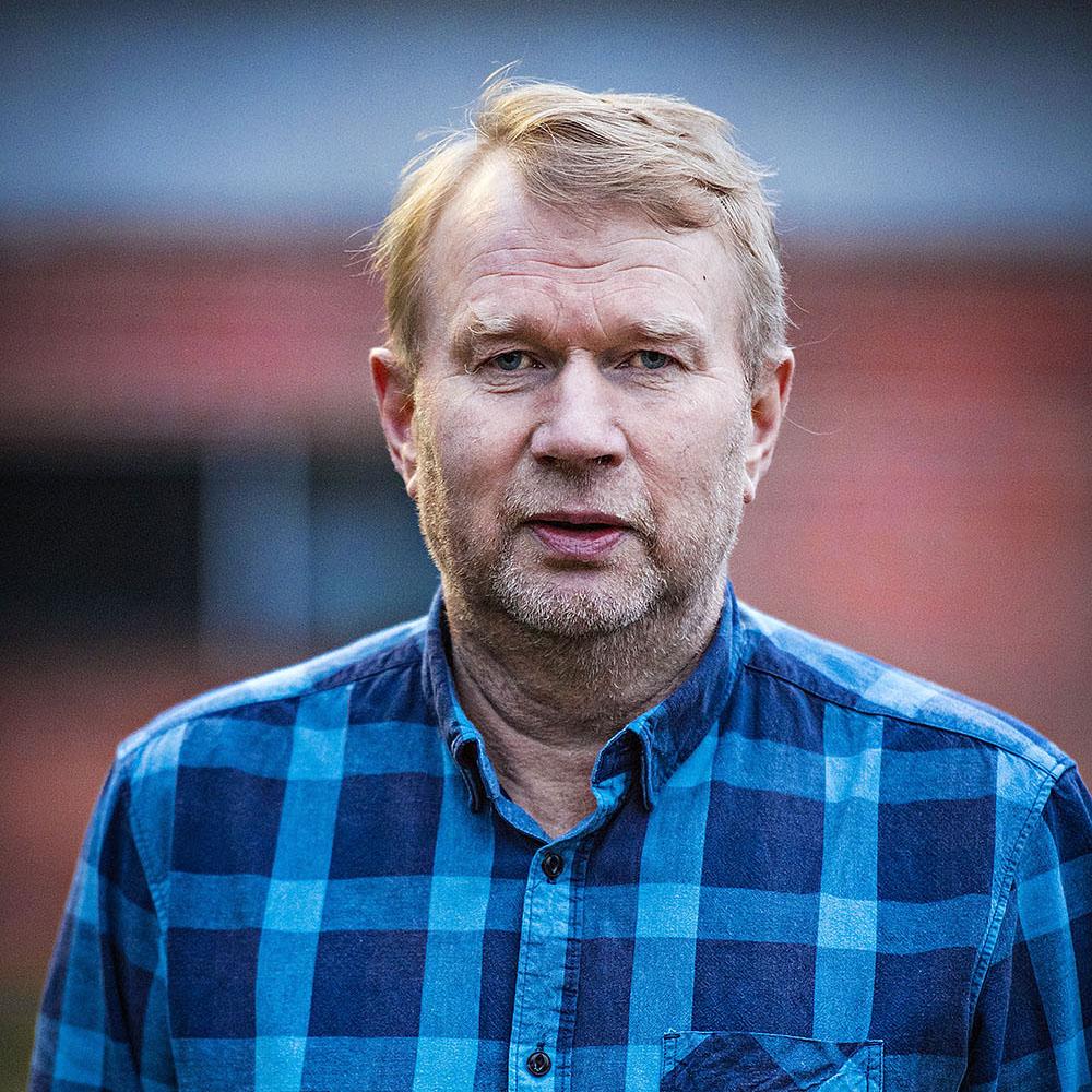 """Metsuri Kalevi Karppinen: """"Irtisanomisen työllisyyttä parantava vaikutus on huuhaata"""""""