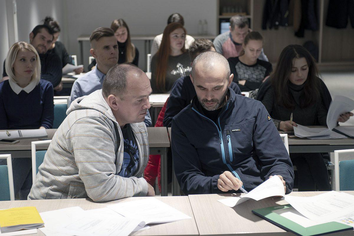 """Edunvalvontakoulutusta venäjäksi: """"Suomessa olen oppinut, että ay-liikkeestä on suuri apu palkansaajille"""""""
