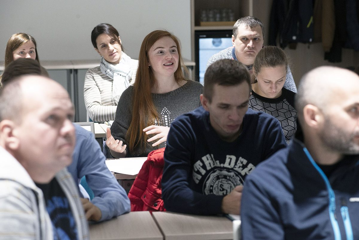 Об организованных Индустриальным профсоюзом по-русски курсах по представлению интересов работников: «В Финляндии я уяснил, что от профсоюзного движения для наемных работников большая помощь.»
