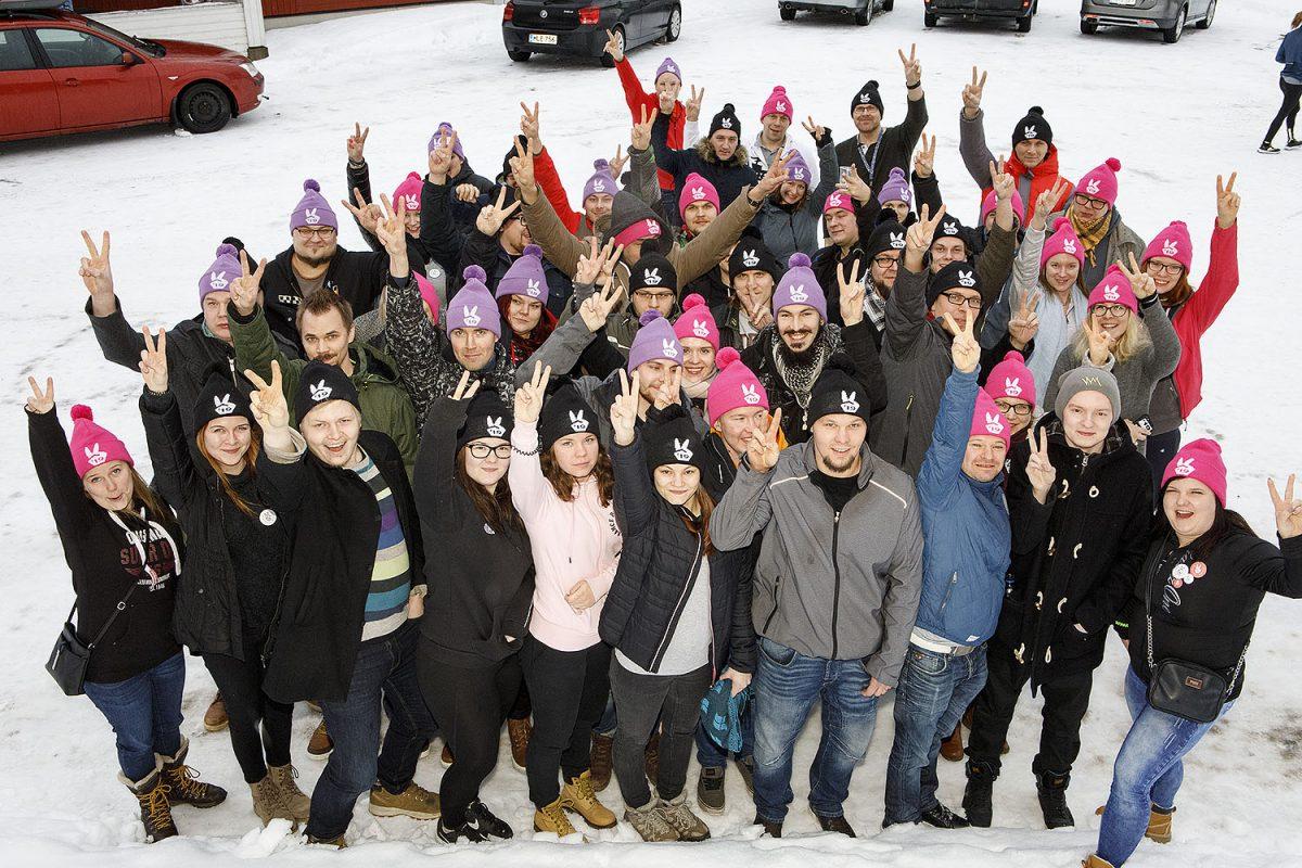 Muutosta ilmassa! Kaakkois-Suomi–Savo-Karjalan Teollisuusmeeting vei nuoret Himokselle laskettelemaan ja kääntämään politiikan suuntaa