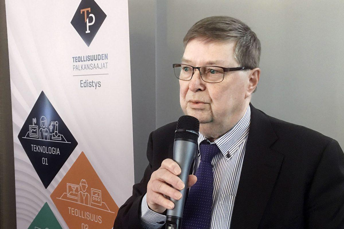 Lasse Laatunen ei jättäisi työlainsäädäntöä poliitikoille – kolmikanta pelastettava vaikka uudella kokoonpanolla
