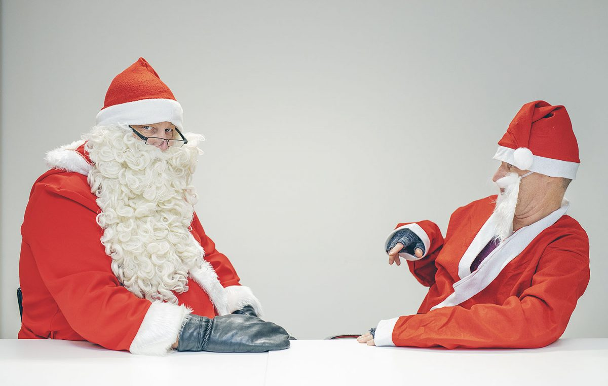 VÄITTÄJÄT: Onko joulun perinteillä vielä paikkansa?