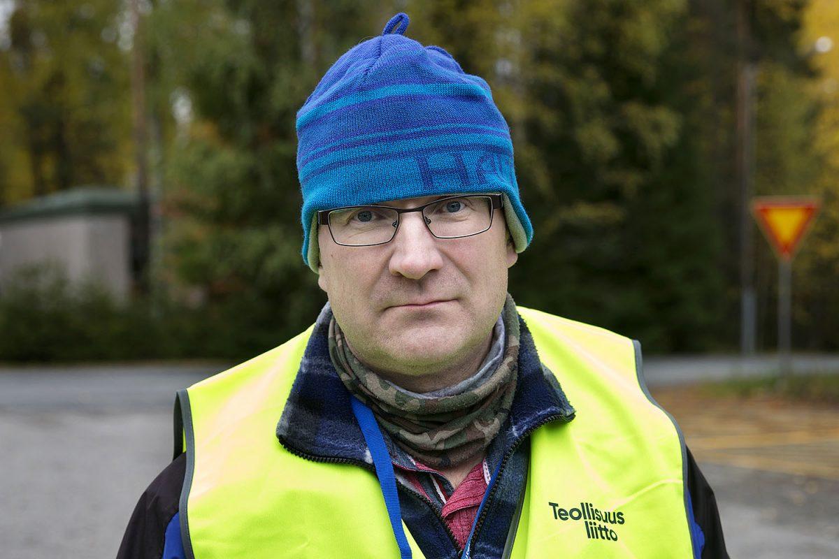 """KORONAKRIISI Exelin Joensuun tehtaalla: """"Huoli nyt Suomesta, ei vain omasta toimeentulosta"""""""