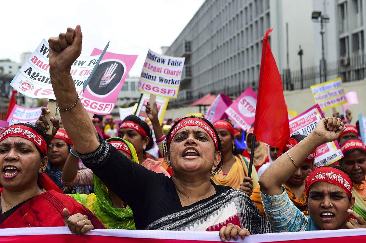 MAAILMA: Ay-oikeuksien loukkaukset lisääntyneet – työläisiä sorretaan myös koronan varjolla