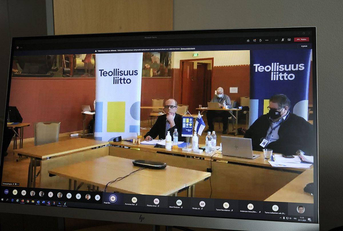 Valtuuston yleiskeskustelu: Oikeutta ikääntyville, ei paikalliselle pakottamiselle